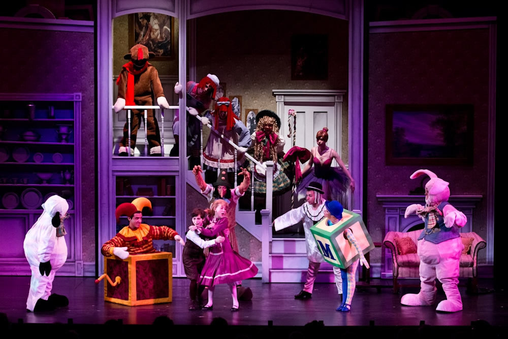 Toys For Mary Poppins : Mary poppins maine state music theatre costume rental