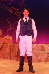 Prince Eric white pants vest 200x300